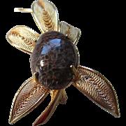 Vintage  Goldtone Agate- Cabochon Stone Pin