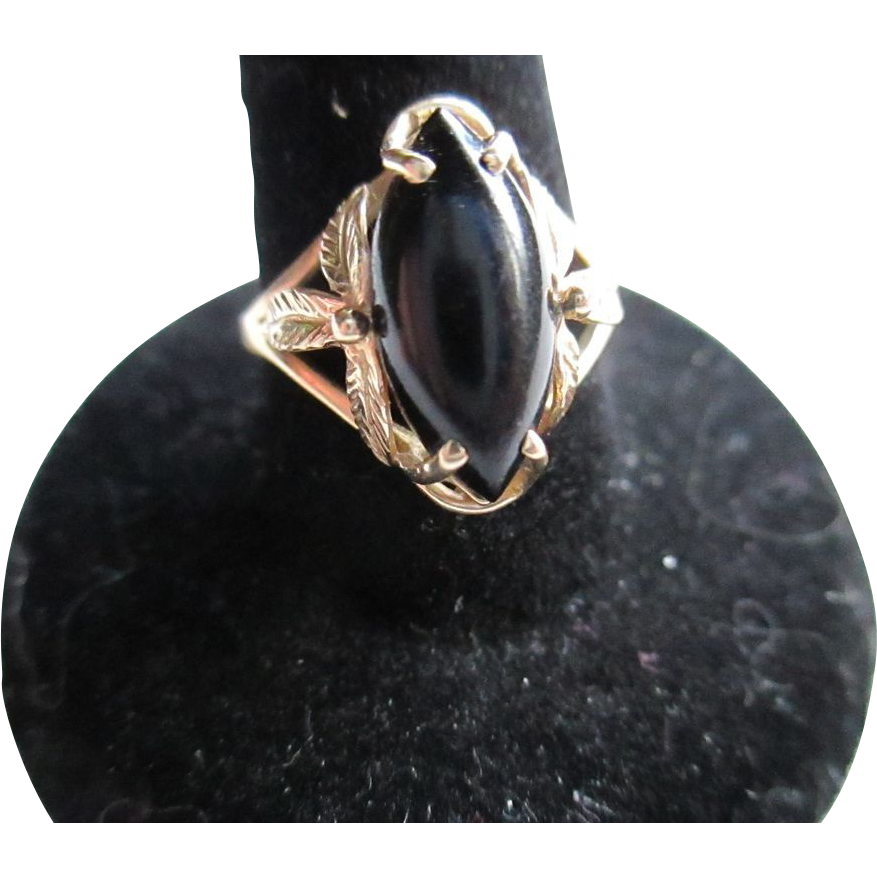 14 kt gold black onyx ring sold on ruby