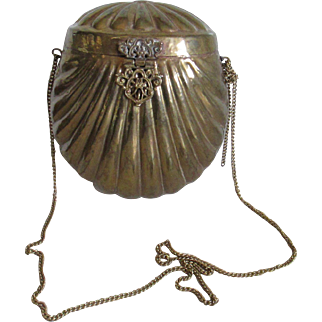 Vintage Brass Clam Shell Purse
