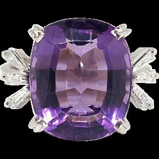 Vintage 1970's H.Stern 8.49ct t.w. Amethyst & Baguette Diamond Cocktail Anniversary Birthstone Ring 18k