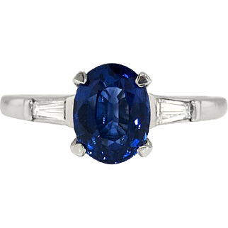 Vintage Estate 1.57ct t.w. Oval Blue Sapphire & Baguette Diamond Three Stone Engagement Anniversary Ring Platinum