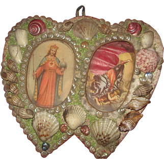 """Victorian Shells Double Heart P:icture Frame 6"""" down by 6"""" across"""