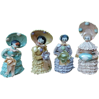 4 Miniature Shell Dolls with Painted Faces -- Bridal Party Doll Set