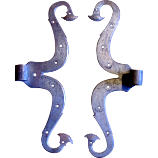 French acanthus leave pattern antique metal hinge