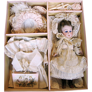 All Bisque Simon Halbig Mignonette Doll in  Presentation Set with Trousseau ~ French Market