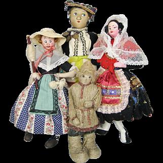 Group Antique & Vintage Cloth, Stockinette, Felt and String Dolls