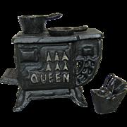 Vintage Queen Miniature Doll House Size Salesman Sample Cast Iron Stove