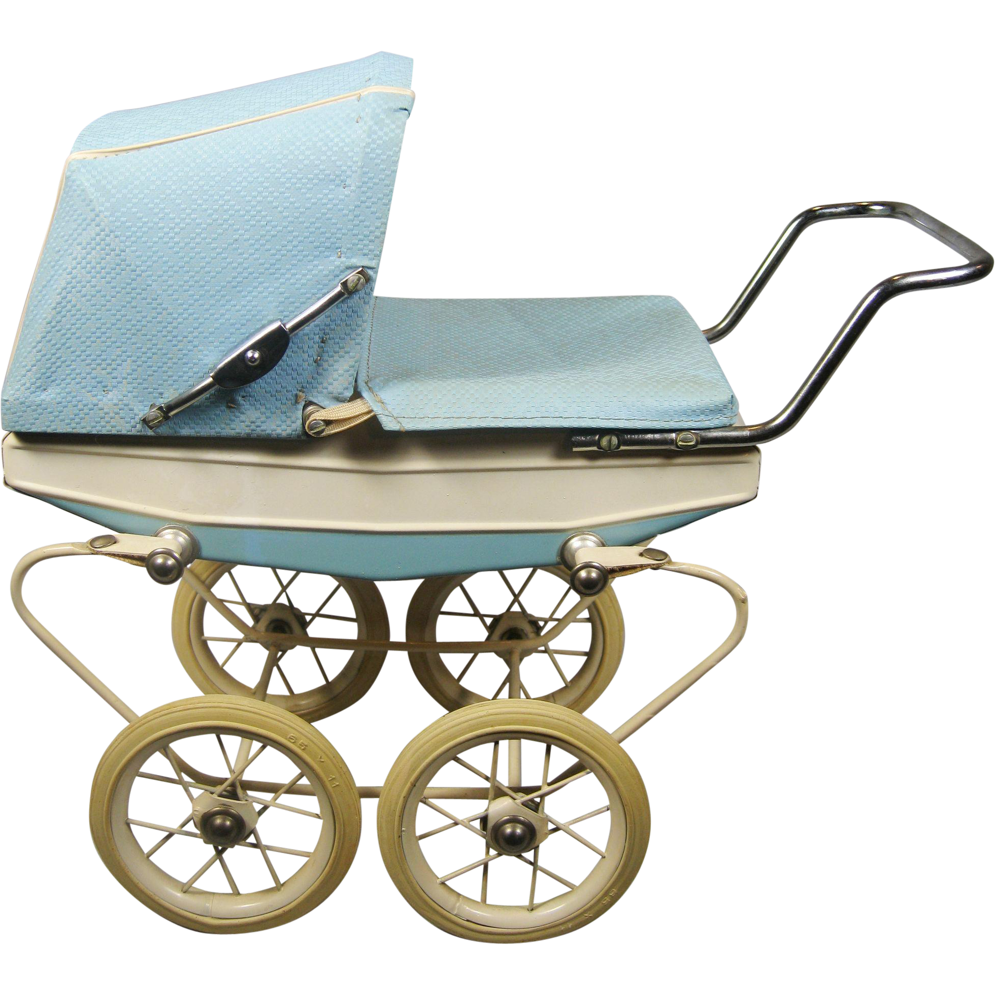 Vintage Doll Buggy 24