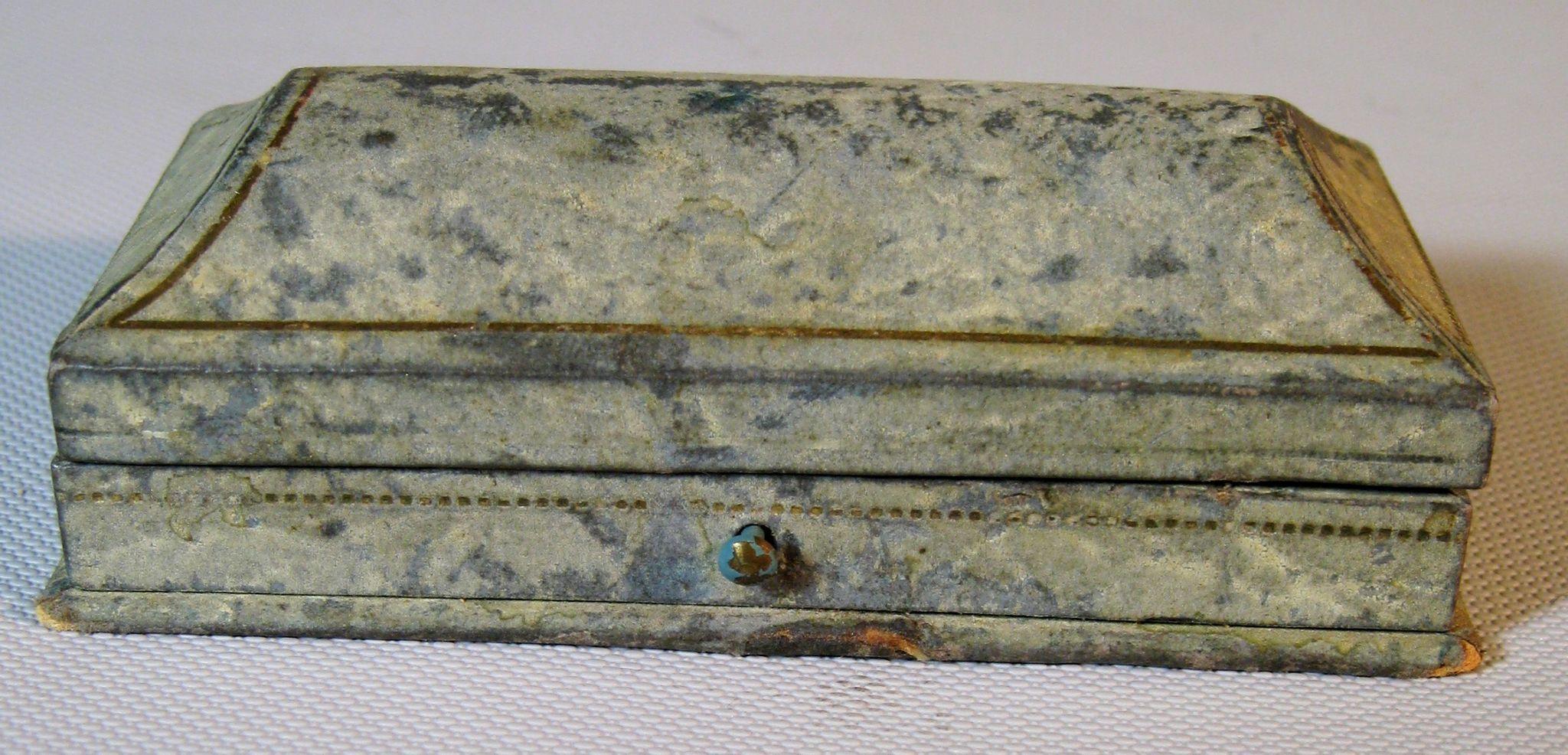 1837 Antique Grodnertal Wood Tuck Comb Peg Doll W