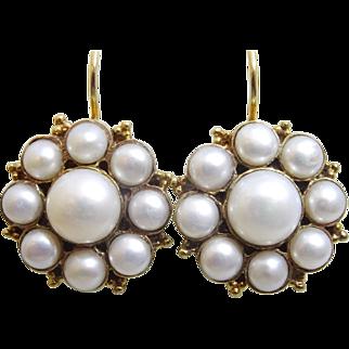 Pearl Flower Earrings in 9 karat Gold