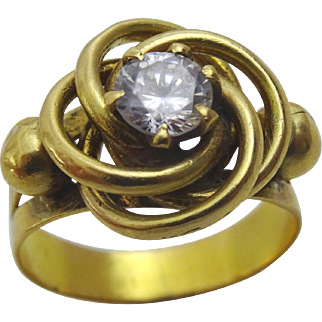 Vintage Sculptural 18 karat Gold Ring set with a White Topaz