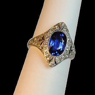 Edwardian Ceylon Sapphire 2.35 carats and Diamond Ring Platinum