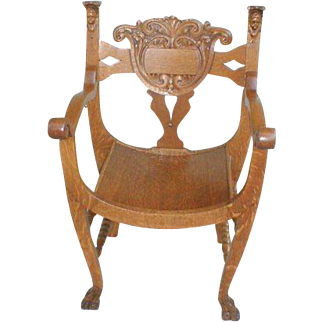 19th Century Oak Throne Chair with Carved Ladies Heads