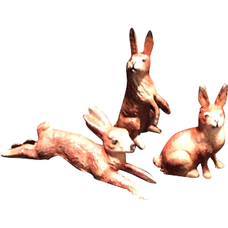 3Pc. Metal Bunny Family