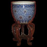 Exquisite Antique  Chinese Ceramic Blue and White Fish Bowl