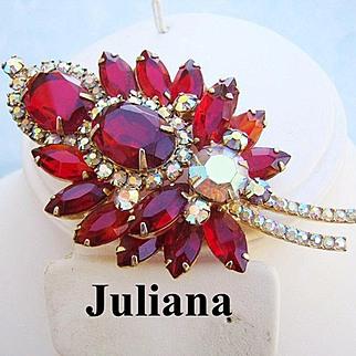 JULIANA Ravishing RED Rhinestones Beautiful Big Bold Book Piece Pin / Brooch