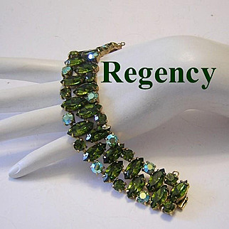 REGENCY Opulent OLIVINE Rhinestones Bracelet