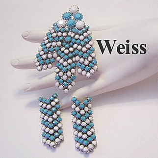 WEISS Rarely Seen LARGE Turquoise & Snow Opaque RHINESTONES Dangling Pin & Earrings
