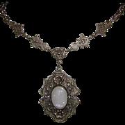1920's ART NOUVEAU Shell Cameo Glass Necklace