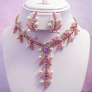 1960's EXQUISITE RUNWAY Pink Slim Navette & BRILLIANT Pink Rhinestones Necklace & Earrings