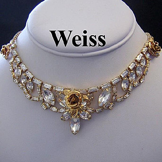 WEISS Rhinestones & Roses RARELY Seen Captivating Necklace
