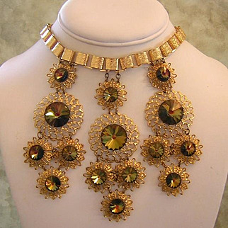 1960's VICTORIAN / Egyptian Revival WATERMELON Rivoli Rhinestones Bib Necklace