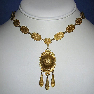 1890 VICTORIAN / EDWARDIAN Detailed Rolled Gold Necklace