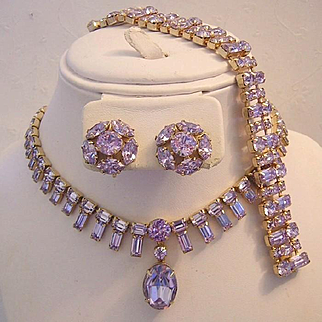 Decadent  COLOR CHANGING Alexandrite Rhinestones Necklace Bracelet & Earrings