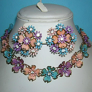 1940's / 1950's AMAZING Colors Floral Motif & Rhinestones Necklace & Earrings