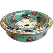 Blackberry Ceramic Sponge Bowl English c.1875