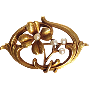 Art Nouveau Flower Seed Pearl Pin 14 K Gold