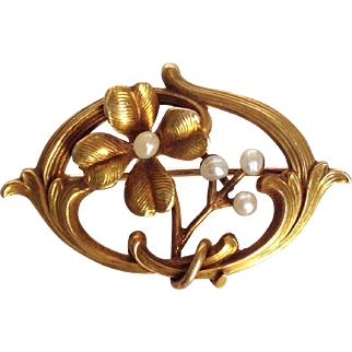 Art Nouveau Flower Seed Pearl Pin 14 K Gold