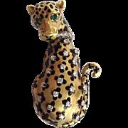 Jaguar Diamond Emerald Gold Pin 18 Karat