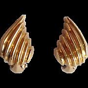 Ribbed Leaf Earrings 14 Karat Gold