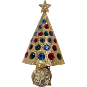 "Hattie Carnegie ""light-up"" Christmas Tree Pin Rare"