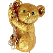 Koala Bear Diamond and Emerald 18 Karat Gold Pin