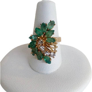 Emerald and Diamond Ring 10K