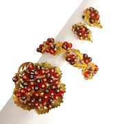 3-Piece Pin/Bracelet/Earring Set with Gold-Tone and Brownish Amber Beads