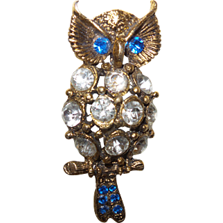 Vintage Large  Figural Owl Brooch with Rhinestones