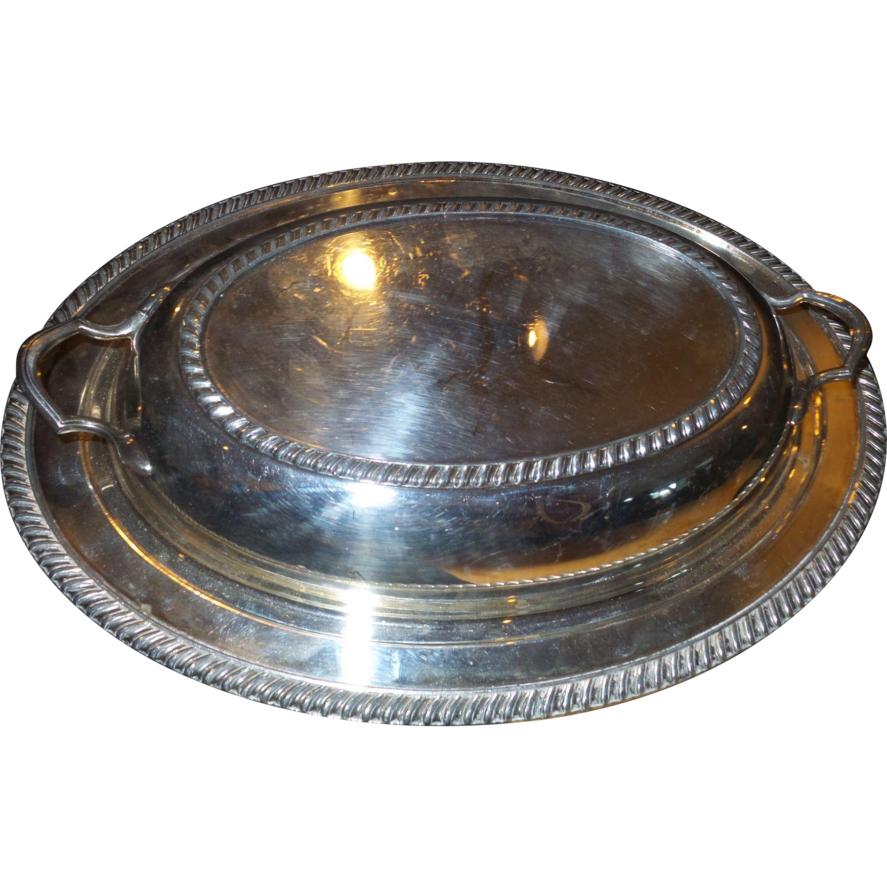 Vintage Covered Dish 84