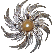 Signed Sarah Coventry Pin Wheel Brooch with Cream Color Faux Pearl