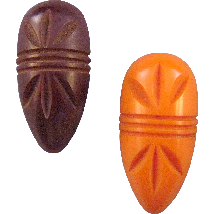 Pair of Matching Bakelite Dress Clips in Brown and Butterscotch