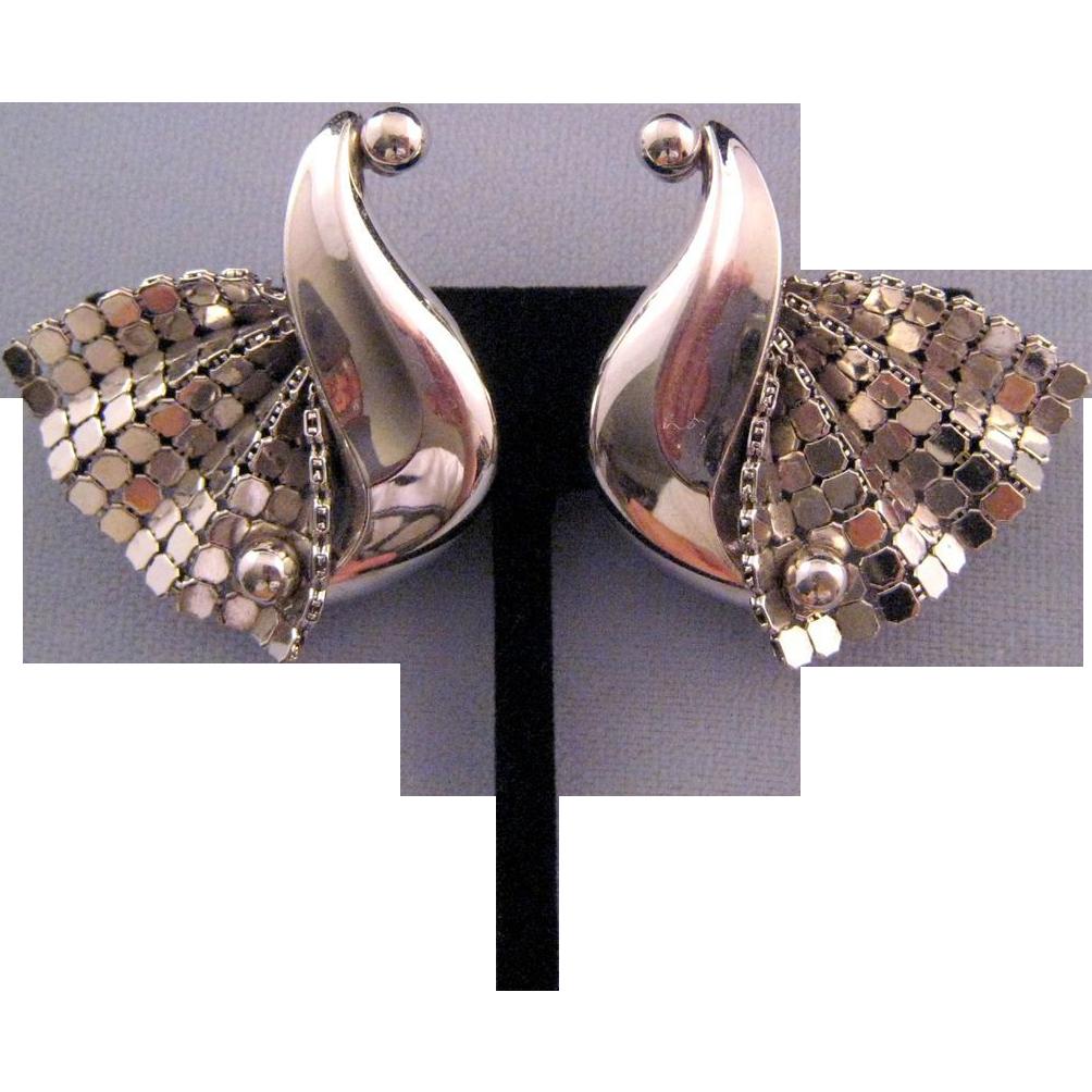 Stylized Swan Silvertone Mesh Earrings