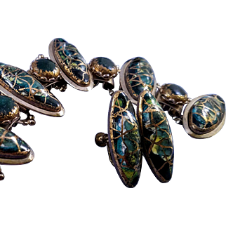 Dazzling Vintage Bracelet Set with Metallic Gold Drizzled Elliptical Cabochons