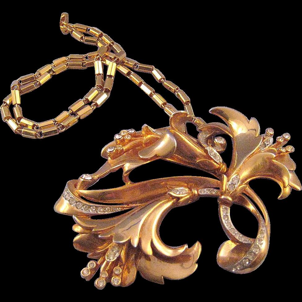 Retro Moderne Triple Flower Goldtone Pendant Necklace