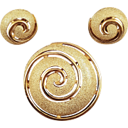 Trifari Vintage Goldtone Whirlpool Brooch and Earrings
