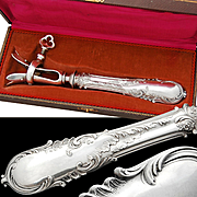 Boxed French Sterling Silver Bone Holder Gigot - Rococo pattern