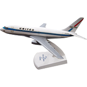Large 1970s United Airlines 737 Airplane Model