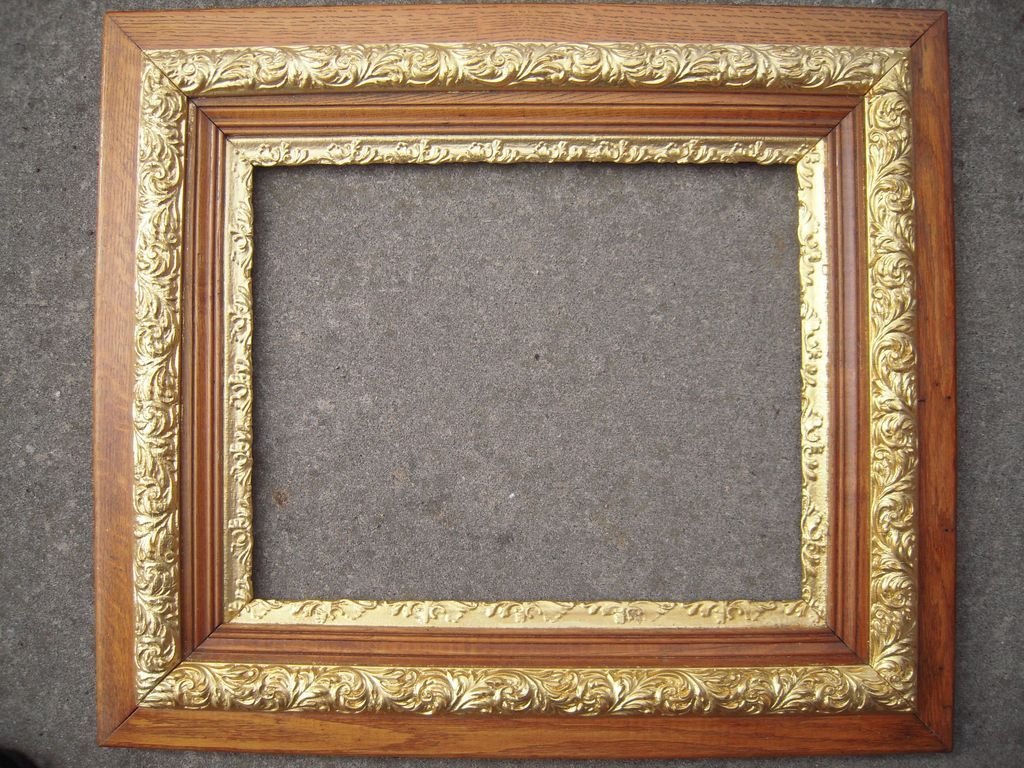 Large Antique Ornate Oak Picture Frame w/Gold Liner 16\