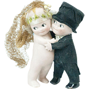 1910s Rose O'Neill Kewpie Husband and Wife Huggers Cake Topper 3 3/4""